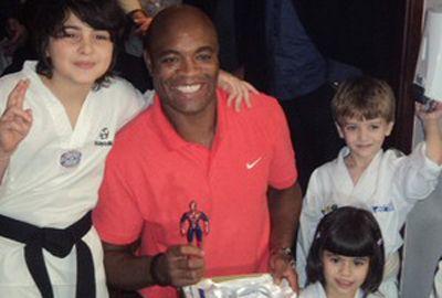 Sonho olímpico de Anderson Silva para 2016 só é possível no taekwondo
