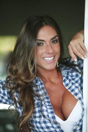 Nicole Bahls sobre namorado de Viviane Araújo: