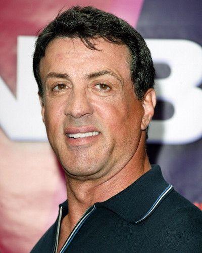 Após morte do filho, Sylvester Stallone perde irmã, vítima do câncer