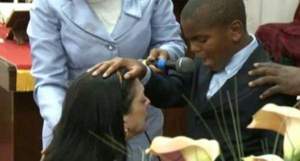 Americano é ordenado pastor aos 11 anos de idade nos EUA