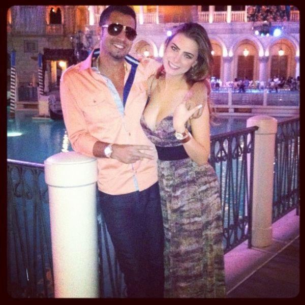 Latino curte Las Vegas com a namorada, Rayanne Moraes
