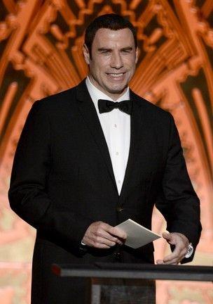 Piloto que foi amante de Travolta revela que ele era insaciável