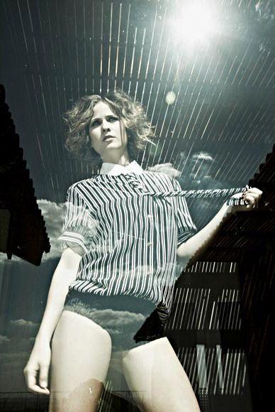 VIP libera novas fotos do ensaio sensual de Luiza Valdetaro