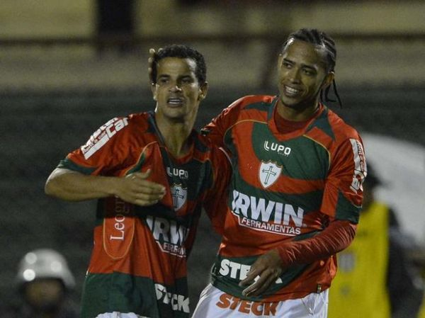 Portuguesa faz três e aumenta desespero do Palmeiras