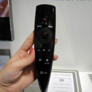 Televisão com 84 polegadas tem preço de carro e imagens 3D com