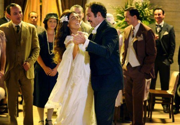 Juliana Paes e Huberto Martins gravam cenas de casamento para