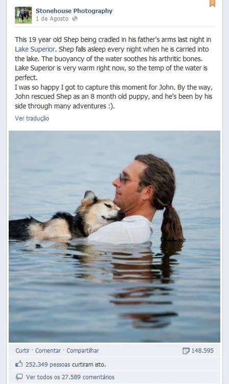 Cão dorme no colo de dono em lago e ganha 250 mil