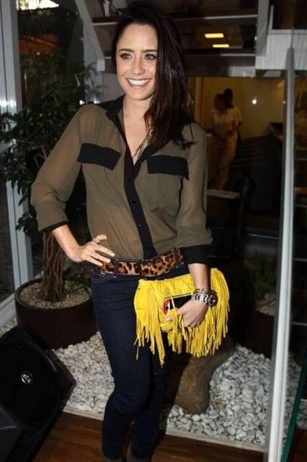 Fernanda Vasconcellos aposta no amarelo. Cor é a grande tendência do verão