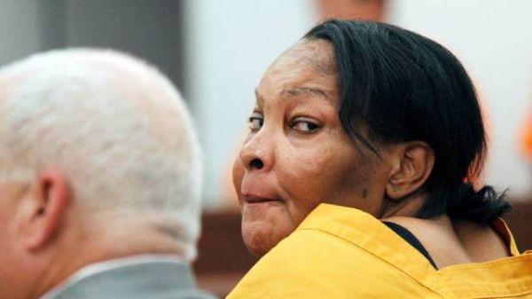 Transexual é acusado de matar mulher com implante ilegal no bumbum