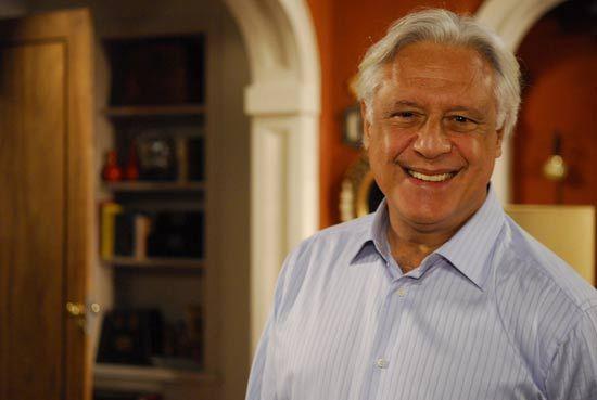 Antonio Fagundes quer R$ 200 mil para renovar contrato com a Globo