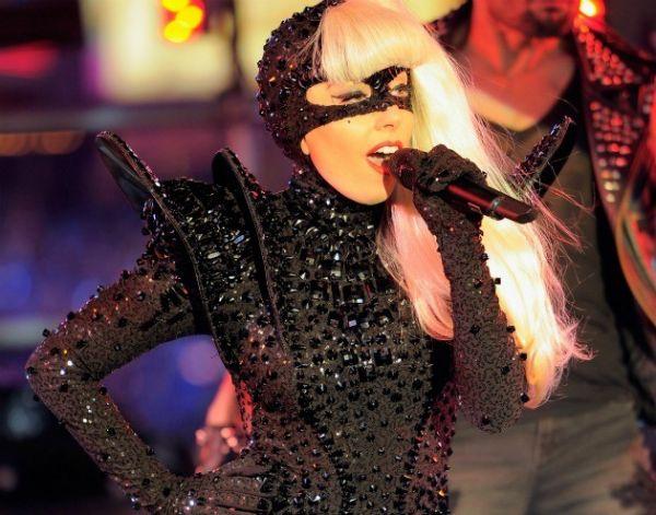 Lady Gaga: lista de exigências para shows no Brasil inclui seis lhamas