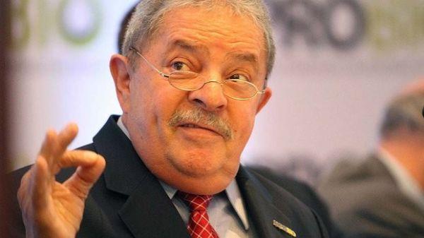 Lula me disse que nunca esteve com Marcos Valério, diz petista