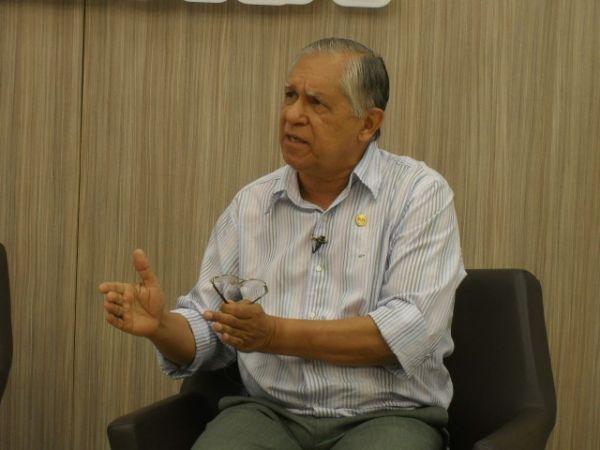 Prefeito de São Raimundo Nonato chama candidato de psicopata