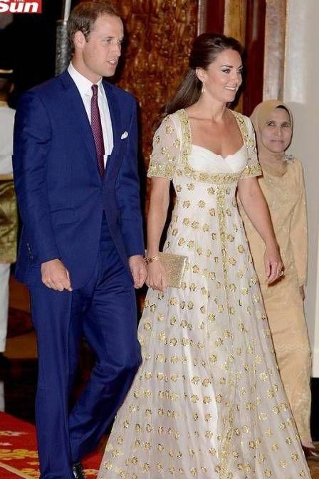 Kate Middleton desfila grandes nomes da moda em Singapura. Veja os looks da mulher do príncipe William