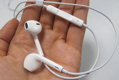 Mais confortáveis, novos fones da Apple melhoram qualidade do som