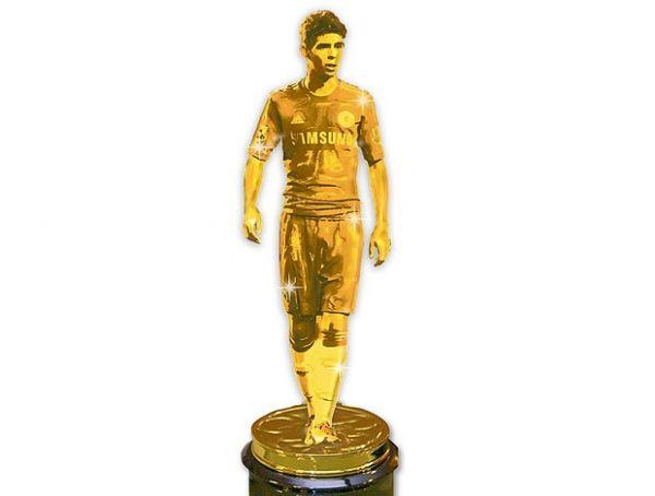 Elogios não param, e Oscar vira estatueta dourada em jornal britânico
