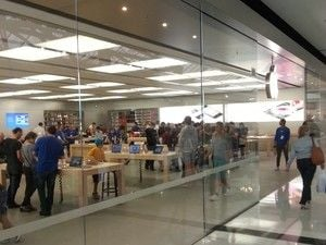 Internautas registram filas ao redor do mundo para compra do iPhone 5