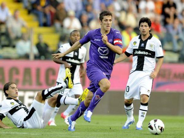 Fiorentina e Parma erram pênaltis e ficam no empate pelo Italiano