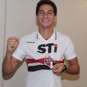 Santos condena fotos são-paulinas de Ganso, e Tricolor rebate