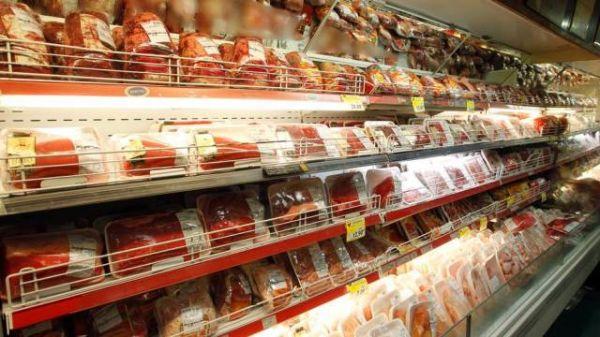 Carne bovina fica mais cara e pesa na inflação de setembro