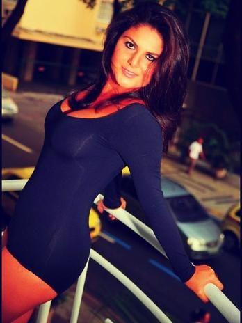 Atriz Luisa Vasconcelos faz ensaio sensual para revista
