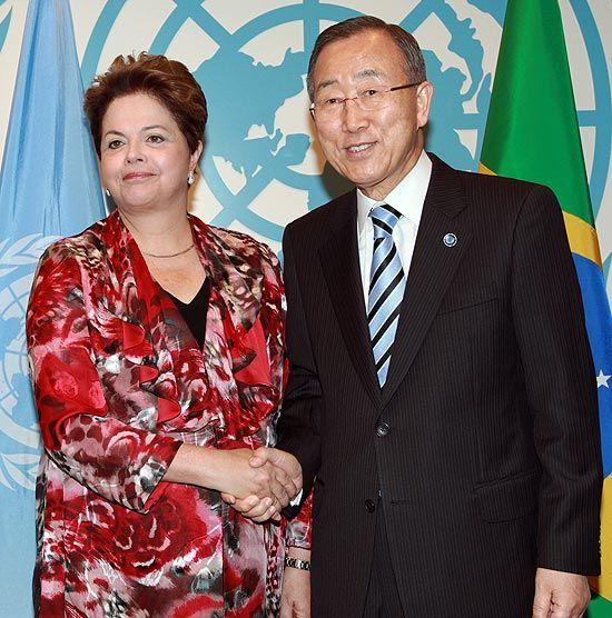 Dilma critica guerra cambial e rebate acusações de