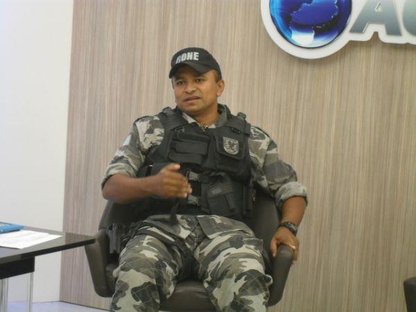 Menores traficantes têm exemplos na família, diz comandante da RONE