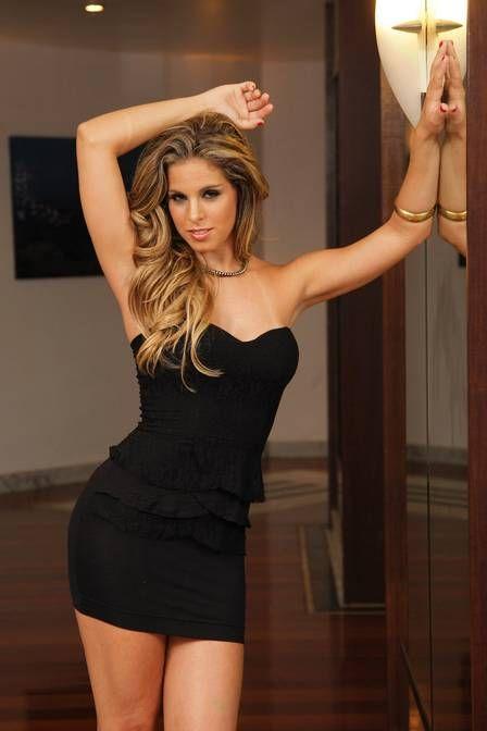 Professora diz que química com Rodrigo Simas foi só na dança