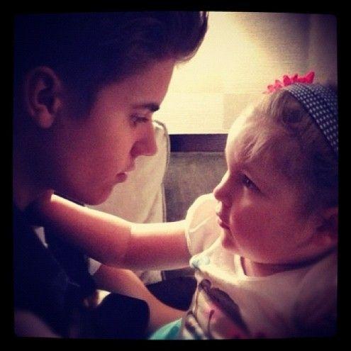 Justin Bieber fica arrasado com morte de fã de seis anos