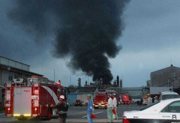 Explosão em fábrica no Japão mata bombeiro e deixa feridos