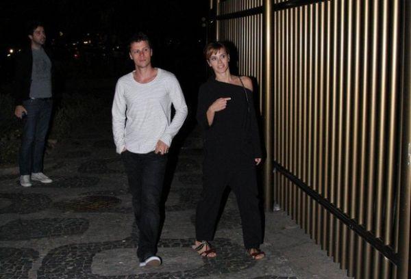 Festa no apê! Marcelo Serrado reúne Ivete Sangalo e outros famosos