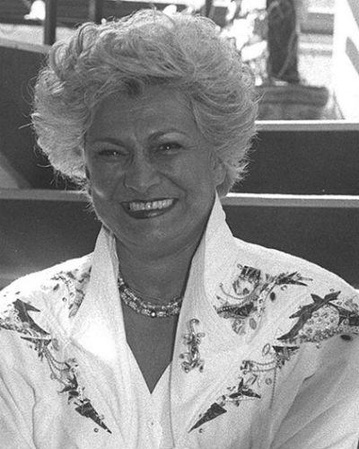 Hebe Camargo morre após parada cardíaca aos 83 anos