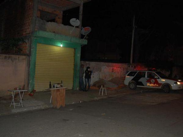 Policial Militar de folga é morto a tiros em bar por traficantes