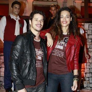 Assessoria de Débora Nascimento nega namoro com José Loreto