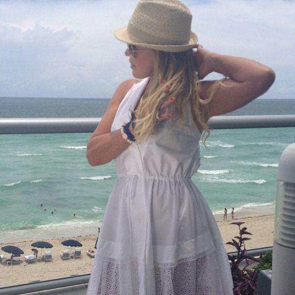 Ex de Zezé, Zilu mostra vista do apartamento em Miami: