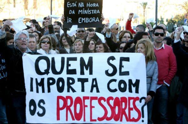 Professores apresentam nova contraproposta ao governo hoje