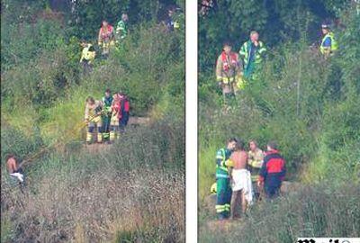 Homem nu fica preso em rio lamacento e é resgatado por 20 bombeiros