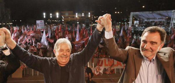 Visita de Lula faz Patrus Ananias crescer 7 pontos em BH, diz Ibope