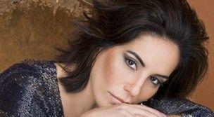 Glória Pires diz não se importar em beijar outra mulher em cena