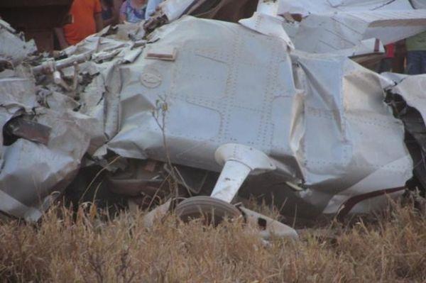 Aeronave que fazia voo panorâmico cai e mata 4 pessoas