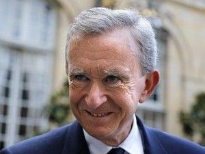Dono da Louis Vuitton tenta conter polêmica sobre exílio fiscal