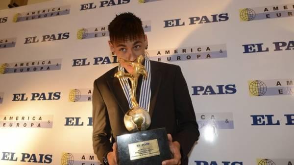 Após prêmio, Neymar afirma que não é hora de ir jogar na Europa