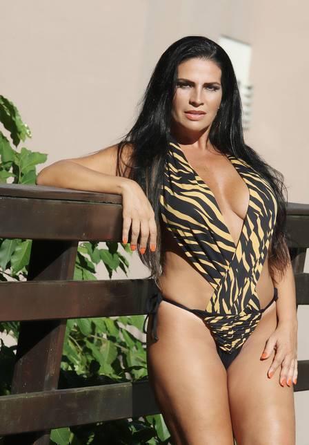 Volta de Solange Gomes à banheira pode ter ex-namorado de Nicole Bahls