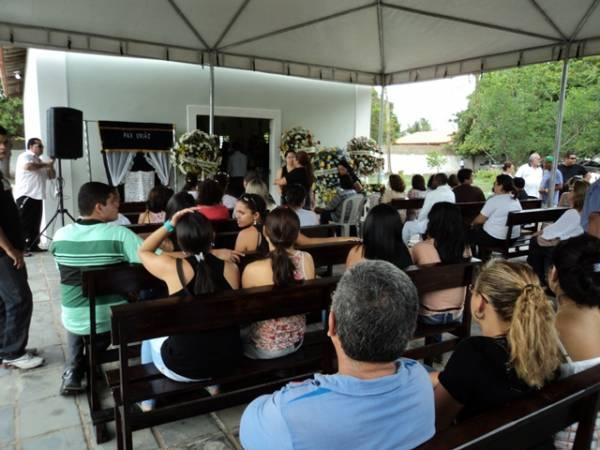 Aos 49 anos, morre professor Iweltman Mendes, tio do apresentador Ieldyson Vasconcelos