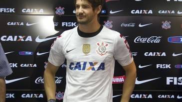 Corinthians é o 2º clube que mais gastou com contratações em janeiro