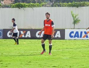 Corinthians: Pato treina no time reserva e dá trabalho aos zagueiros