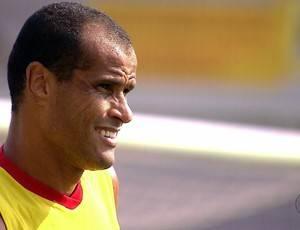 Rivaldo acerta com o São Caetano e quer encerrar carreira no Santa Cruz