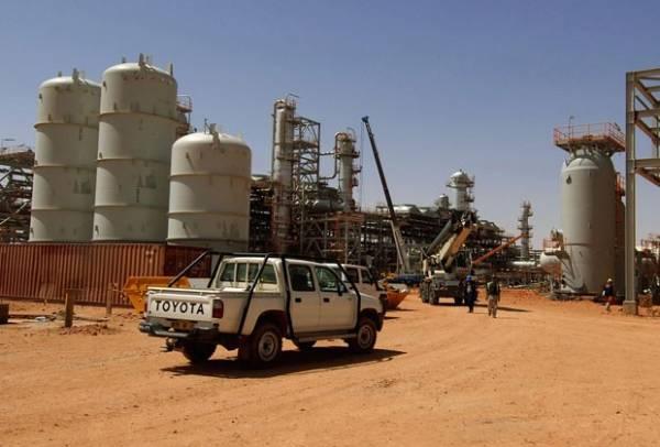 Ataque do Exército a cativeiro mata 34 reféns na Argélia