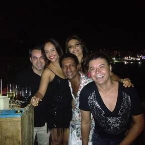 Ivete emenda show na abertura do festival de Salvador com festa; fotos