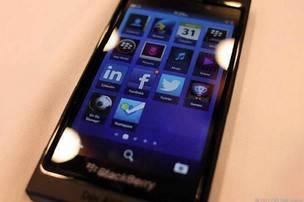 Novo smartphone BlackBerry 10 terá características parecidas com iPhone 5
